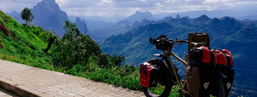 Viaje por Laos en bicicleta